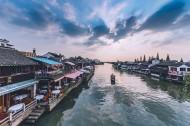 上海朱家角河道风景图片(16张)