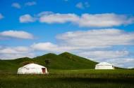 乌兰木统的蒙古包图片(7张)