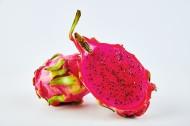营养丰富的红心火龙果图片(12张)