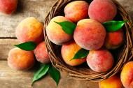 杨桃和桃子的图片(15张)