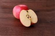 香甜的红色苹果图片(11张)