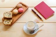 咖啡甜点和笔记本图片(10张)