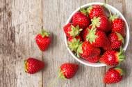新鲜草莓图片(14张)