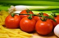 红彤彤的西红柿图片(11张)