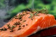 新鲜三文鱼和切片图片(8张)