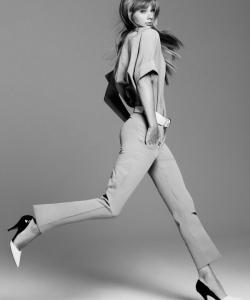 泰勒·斯威夫特夏季时装写真高清图片