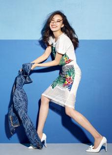倪妮运动时尚混搭 活力跳跃潮爆眼球写真