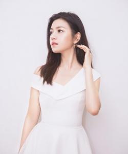 陈妍希图片 陈妍希甜美优雅写真图片
