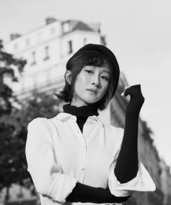 练练黑白法式优雅写真图片