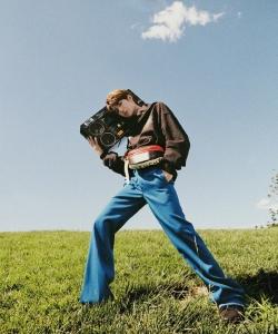 王一博阳光运动风写真图片