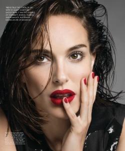 娜塔莉·波特曼烈焰红唇性感写真图片