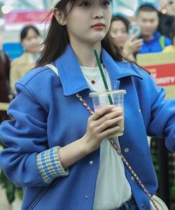 吴宣仪潇洒甜美写真图片