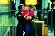 机场和亲友重逢、告别图片(5张)