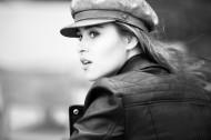 戴帽子的时尚美女图片(11张)