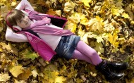 秋天的儿童图片(8张)
