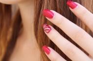 漂亮的指甲时尚美甲图片(11张)