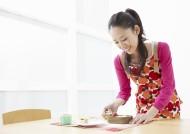 厨房里的女孩图片(17张)
