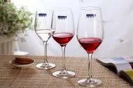 透明的高脚红酒杯图片(12张)
