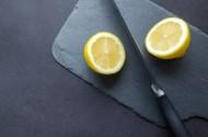 正在切柠檬的水果刀图片(19张)
