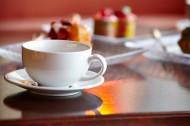 桌子上的咖啡杯图片(12张)