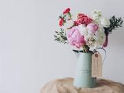 插满鲜花的花瓶图片(16张)