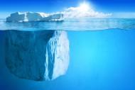 海面冰山图片(9张)