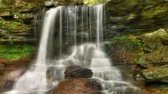 林间小瀑布风景图片(15张)