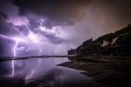 天空中的闪电图片(14张)