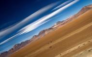 广阔无垠的沙漠的图片(8张)