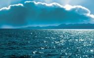 湛蓝的大海图片(14张)