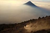 山间的雾图片(10张)