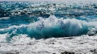 大海中的海浪图片(13张)