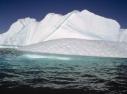 大海中的冰山图片(17张)