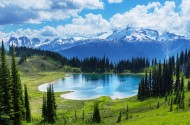 高山湖泊风景图片(15张)