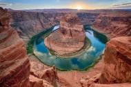荒漠峡谷风景图片(17张)