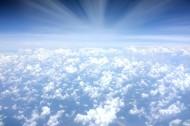 天空中的云朵图片(15张)