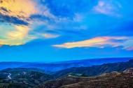 黄土高坡地形风景图片(6张)