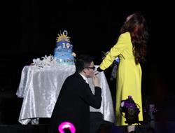 张靓颖被曝已结婚 应赞助商要求再求婚