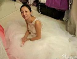 吴绮莉晒婚纱照被误会将结婚 否认:是做节目