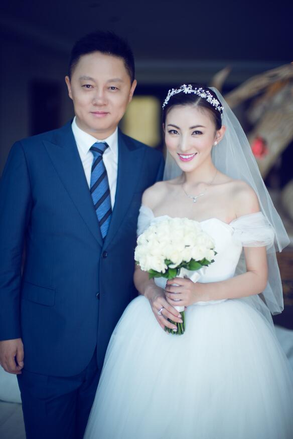 导演非行丁子烁巴厘岛婚礼现场图片,导演非行丁子烁婚纱照