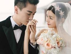 陈妍希陈晓婚礼现场图片 热情相拥情意绵绵