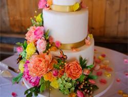 浪漫婚礼蛋糕图片 清新浪漫蛋糕