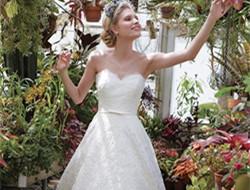 浪漫花卉新娘婚纱礼服