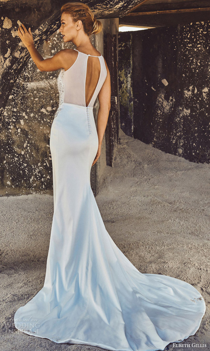 南非设计师婚纱品牌 Elbeth Gillis 释出最新2017「Luxury」系列婚纱,这个系列设计师打造八款典雅婚纱礼服,奢华的面料、精致蕾丝和绣花,让新娘更加光彩迷人!