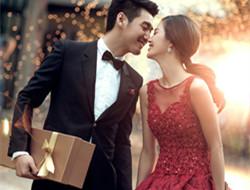 浪漫的夜色镌刻进幸福的记忆