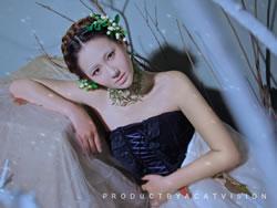 美女妩媚典雅私房婚纱写真