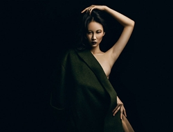 亚洲超模冠军解舒雅 大尺度典雅服饰写真