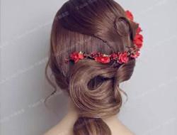 中式新娘盘发 红色系发饰