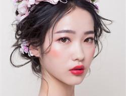 凌乱新娘发型图片 花朵发型