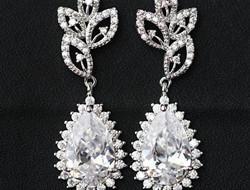 宝石级镶嵌锆 浪漫新娘耳坠